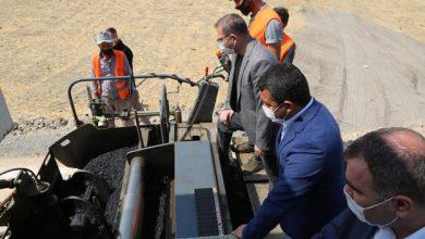 Photo of Vali Polat asfalt çalışmalarını yerinde inceledi